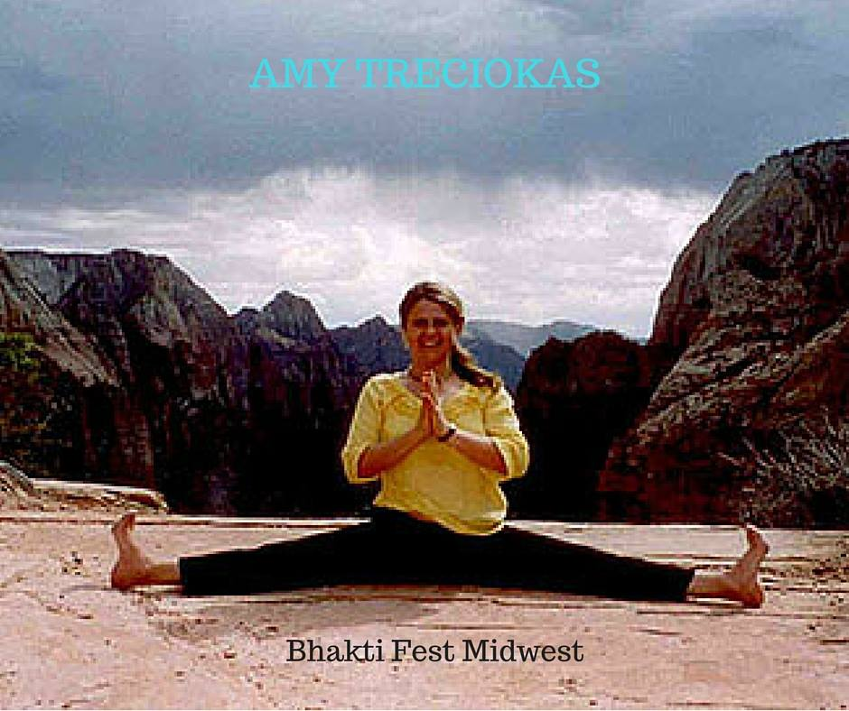 amy-treciokas-yoga---bhakti-fest-midwest
